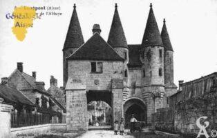 Porte fortifiée de l'Abbaye - Contributeur : Guy Gilkin