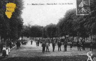 Place du Bail - Le jeu de Boules - Contributeur : Guy Gilkin
