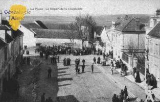 La Place - Le Départ de la Cavalcade - Contributeur : Guy Gilkin