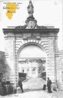 Entrée principale du Château - Contributeur : Guy Gilkin