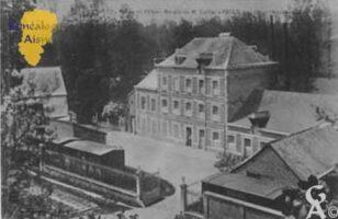 Moulin de Mr Carlier  Carte écrite par Marie Darsonville et Eugénie Coupez La maison existe toujours mais est en très mauvais état.  - Contributeur : A. Laurent