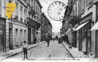 La Rue Saint-Christophe et l'Hôtel de la Croix d'Or - Contributeur : Guy Gilkin