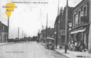 Rue de la Gare - Contributeur : Guy Gilkin