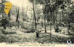 Cimetière du Savart-Beaumont Côté Est des soldats morts pour la Patrie invasion Allemande Juin 1918.  - Contributeur : François Gérard