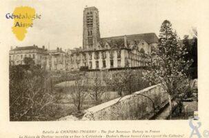 Bataille de Château-Thierry - La maison du Docteur incendiée devant la Cathédrale. - Contributeur : François Gérard