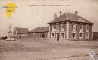 L'école et la mairie après la reconstruction - Contributeur : T.Martin