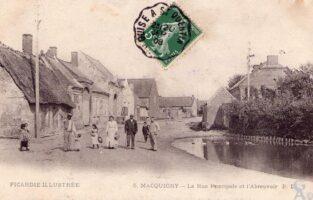 Rue principale - Contributeur : A. Demolder