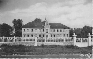 L'hospice - Contributeur : A.Giffard