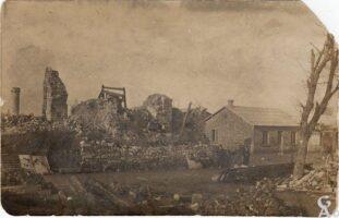 ruines de laplace de la mairie  - Contributeur : T.Martin