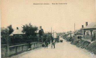 Rue de l'insdustrie - Contributeur : R.Hourdry
