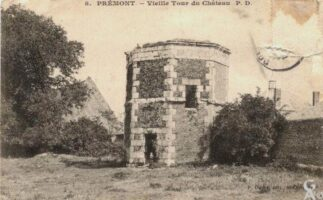 vieille tour du château - Contributeur : R.Hourdry