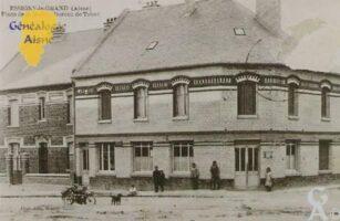 Bureau de tabac reconstruit vers 1925-30 - Contributeur : Mme Thérèse Barjavel