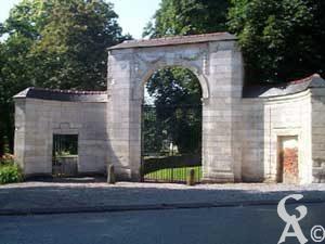 Le portail de l'abbaye-Photo : M. Trannois