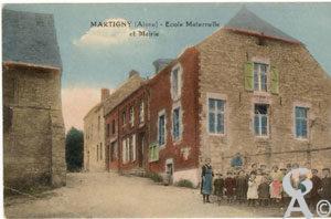 L'école maternelle et la mairie- Colette Brille
