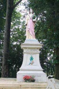 Statue de sainte Benoîte offerte par la famille Cléry-Photo : S. Sartori