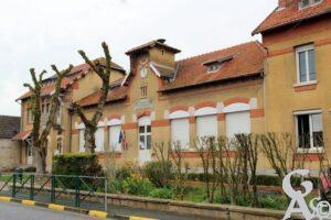 Mairie et écoles -A.Demolder