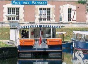 Promenade fluviale sur l'Ourcq.Source : Fiche trésor. Contr : Jean louis Delage