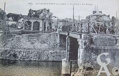 Les rues en ruines - St Quentin en ruines, le pont.