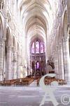 La cathédrale - Une vue de la nef et du choeur de la cathédrale