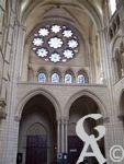 La cathédrale - Rosace et vitraux