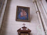 La cathédrale - Tableau : Vierge à l'enfant. Auteur inconnu; Siècle : 1ère moitié du 19e siècle.