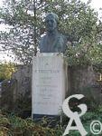 Les monuments de St Quentin - R. Tricoteaux, Maire de la reconstitution - Député de 1876 - 1933.