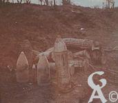Photos pendant la Guerre - Obus allemands abandonnés.