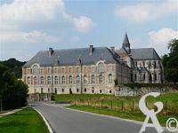 L'abbaye St Michel - De Saint-Michel-en-Thiérache, est l'un des derniers fleurons monastiques du Haut Moyen-Age. Elle a été fondée à la fin du 7ème siècle. L'abbaye est classée monument historique depuis 1951.