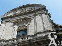 L'abbaye St Michel - De Saint Michel laissée en ruine était pourtant restée dans les mémoires comme un lieu de pèlerinage.