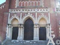 L'église Notre-Dame de Lourdes - Le portail