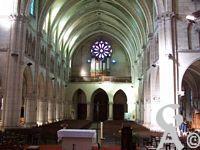 L'église Notre-Dame de Lourdes - La nef vue du chœur