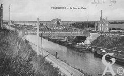 Le canal - Le pont du canal