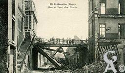 Les rues en ruines - Rue et Pont des Glacis - Mars 1919