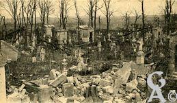 Les rues en ruines - Le cimetière