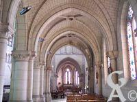 L'église Notre-Dame de Lourdes - Bas côté