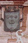 Le monument de 1557 - Le blason de Catherine de Lallier