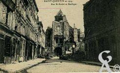 La Basilique en ruines - La basilique et la rue Saint André (1919)