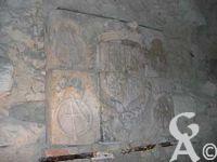 A l'assaut du château-fort - Armoiries d'Anne D'Este veuve de François 1er de Lorraine, Duc de Guise dans le musée du château. ce bas-relief représente les armes d'alliance d'Anne D'Este serait daté de 1563/1566