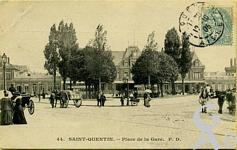 La gare dans le passé - Place de la Gare