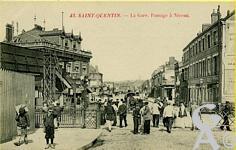La gare dans le passé - Passage à niveau