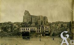 Les rues en ruines - Vue générale